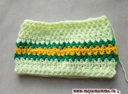 Шапочка для девочки связанная крючком. Вязание в глубину шапочки.