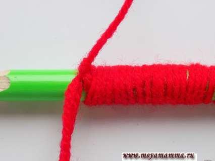 Цветок из ниток. Завязывание узелков.