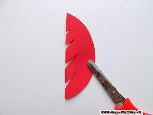 Иготовление дерева из красной бумаги