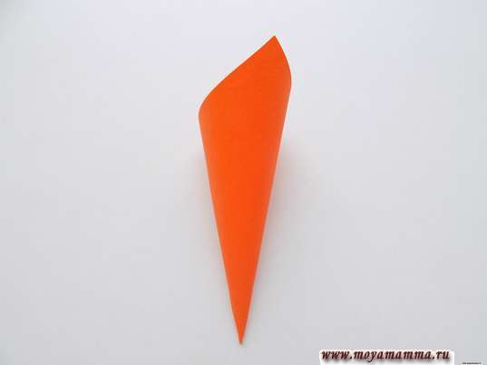 Кулек из оранжевого квадрата