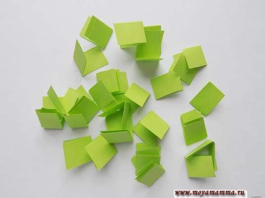 Заготовки из зеленой бумаги