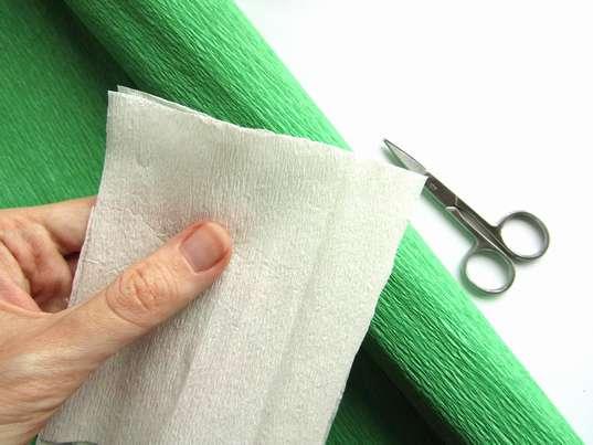 Гофрированная бумага для лепестков