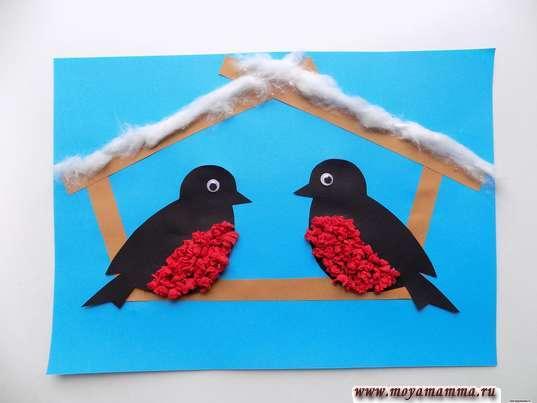 Аппликация птицы зимой. Приклеивание ваты