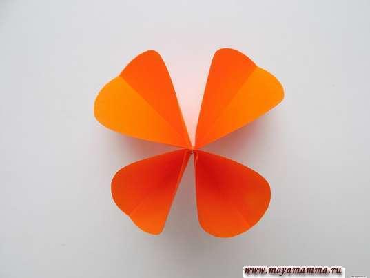 Бабочка из кругов. Расправление крылышек
