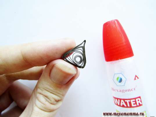 Елка квиллинг. Треугольная форма ствола