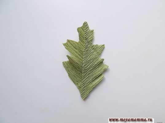 Хризантема из гофрированной бумаги. Листочек