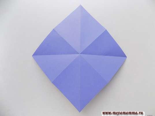 Ирис оригами. Квадрат с поперечными и диагональными сгибами