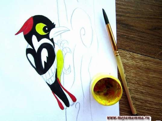 глаза и животик желтым цветом
