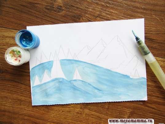 Рисование голубым оттенком гуаши