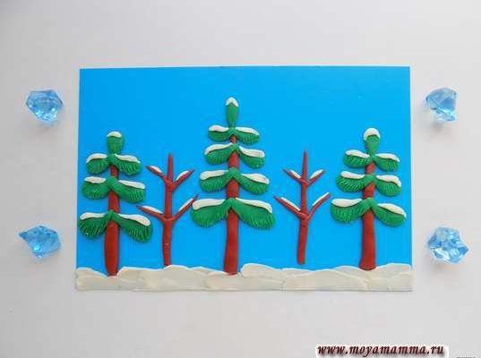 Зимний лес из пластилина