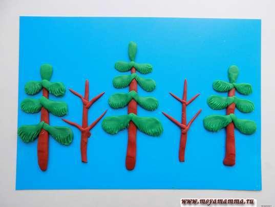 Зимний лес из пластилина. Стволы и ветки для деревьев из жгутиков коричневого пластилина