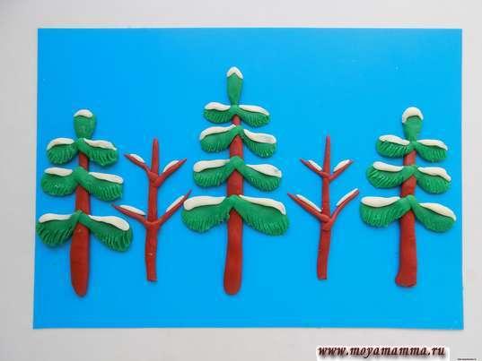 """Зимний лес из пластилина. Добавление """"снега"""" из пластилина на веточки деревьев"""