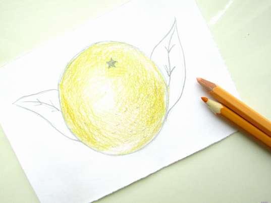 Использование бежевого и ярко-желтого цветов