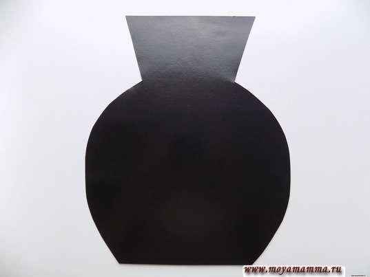 Аппликация Хохлома. Широкая ваза, выполненная из черного картона
