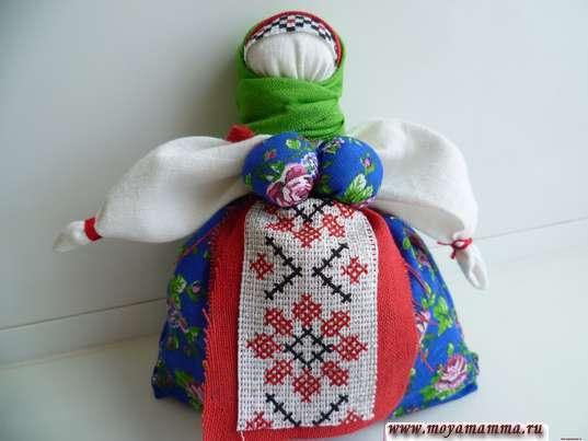 Кукла травница. Завязывание верхнего платка
