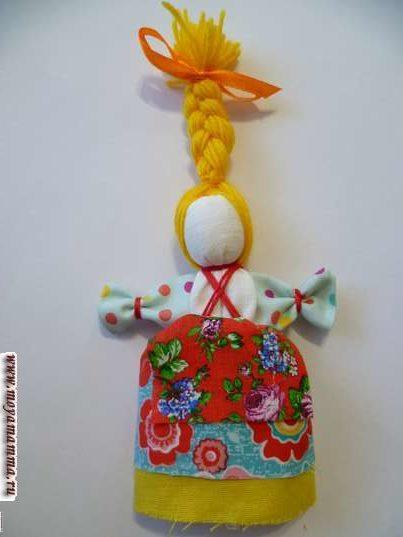 Кукла Веснянка. Заплетение косы с атласной лентой