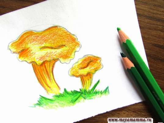 Рисование зелеными карандашами
