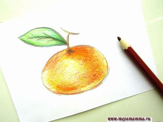 Веточки коричневым карандашом