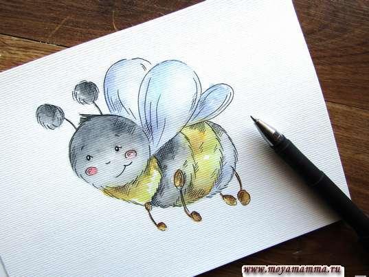 Пчела акварельными красками