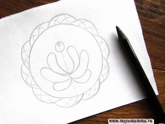 Набросок цветка для росписи