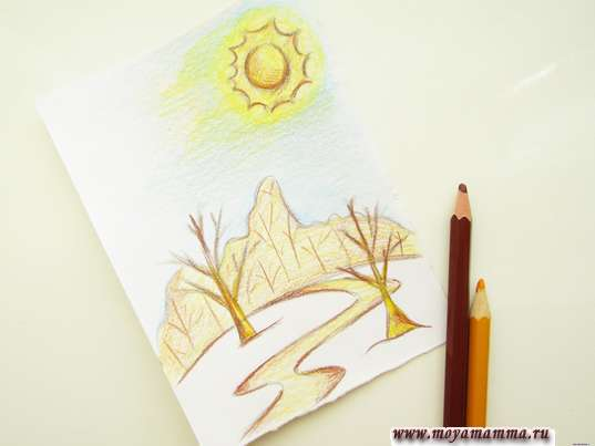 Использование коричневого и желтого карандашей
