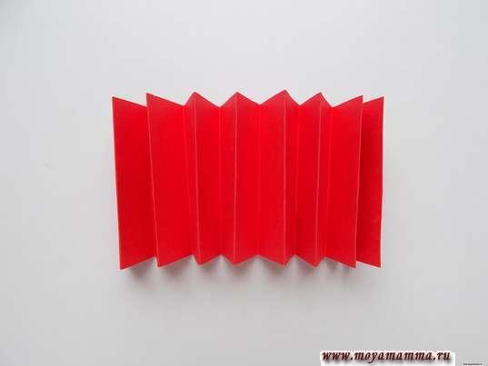 красная полоска «гармошкой»