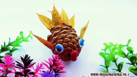 Рыбка из природного материала