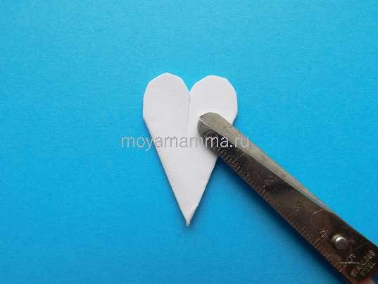 Аппликация Ромашки из бумаги. Заготовка для лепестков