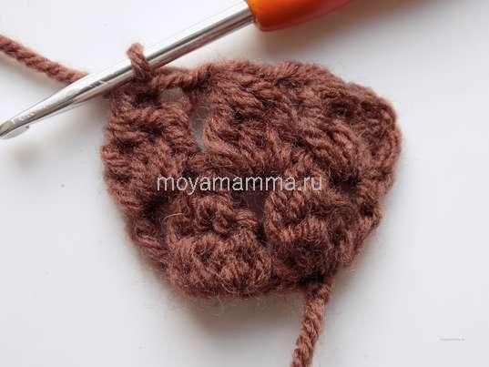 Вязание второго ряда шляпки гриба