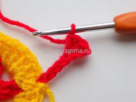 простой столбик и полустолбик, начиная со второй петли от крючка