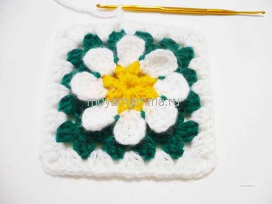 Вязание белой нитью