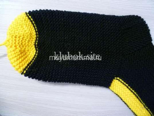 Носки со шнурками спицами. Готовый носок со шнурками