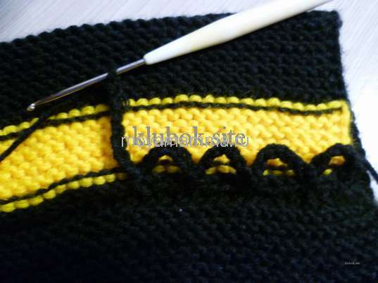 Носки со шнурками спицами. Вязание шнуровки