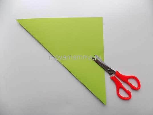 Заготовка из зеленой бумаги