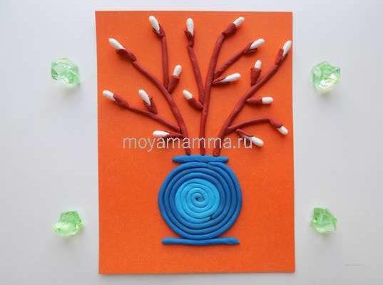 верба из пластилина и ватных палочек