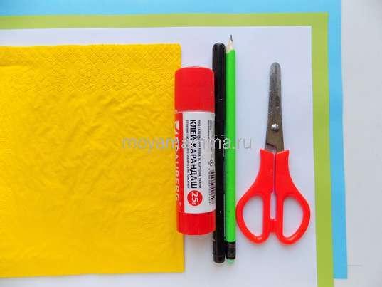 Аппликация Весенняя береза. Цветная бумага, салфетка, ножницы, клей