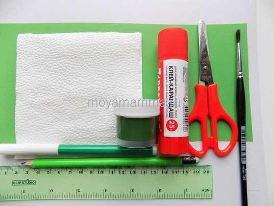 Цветная бумага, салфетка, краска, ножницы, клей