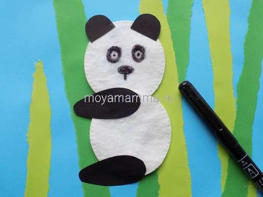 Обрывная аппликация для детей. Оформление мордочки панды