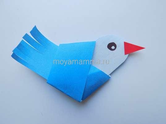 Аппликация Птички-невелички. Оформление глазика и клюва птички