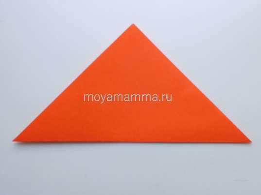 Оранжевый квадрат по диагонали