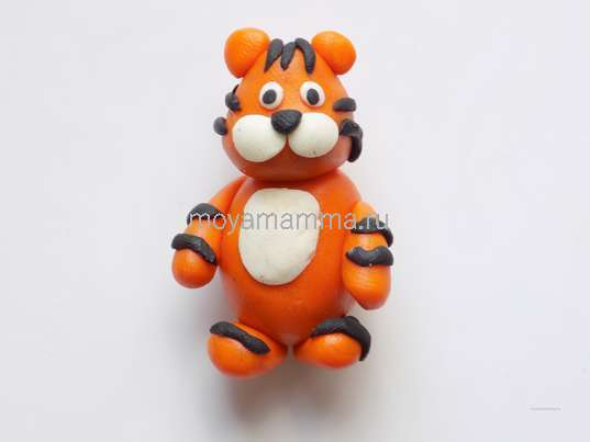 Поделки тигра. Оформление носика и глазок